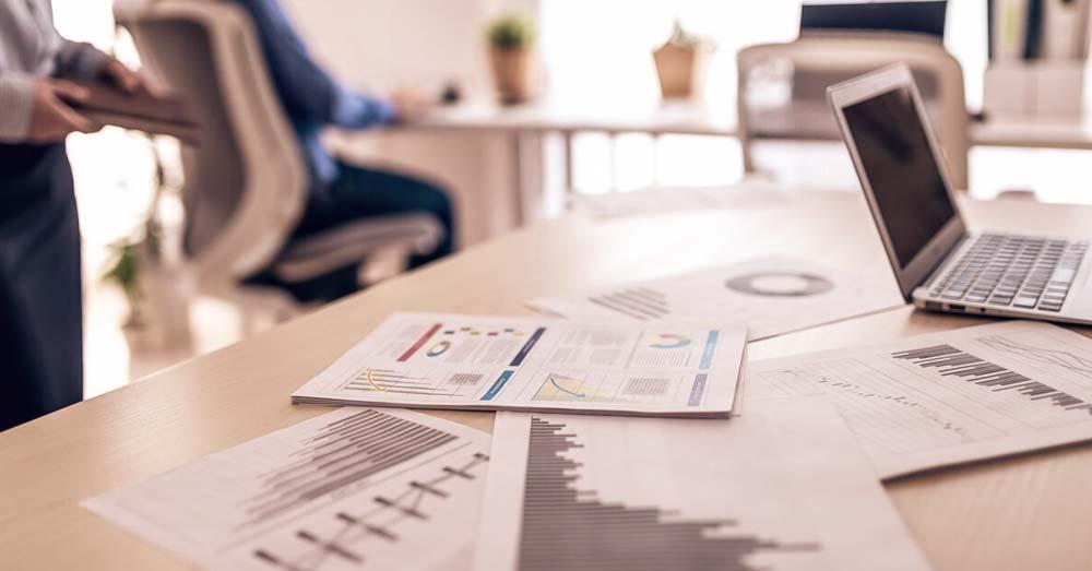 不動産投資は個人所有と法人所有のどちらが有利か