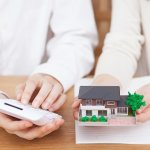 親族に賃貸する場合、家賃はいくらまで安く設定できる?